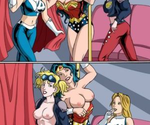 Comics Stripping Heroines, threesome  justice league