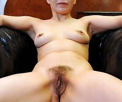 Nude Asian Mature #19571