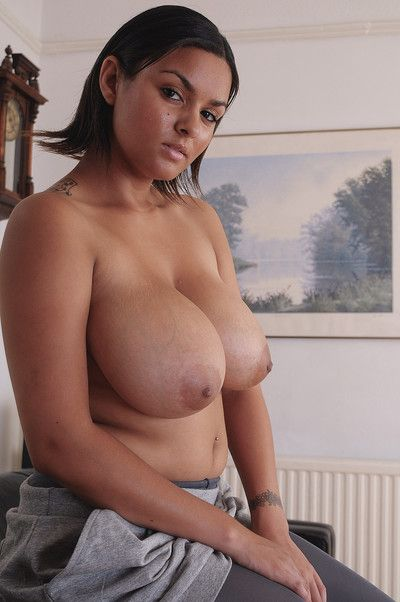 Wild mature woman showing pussy