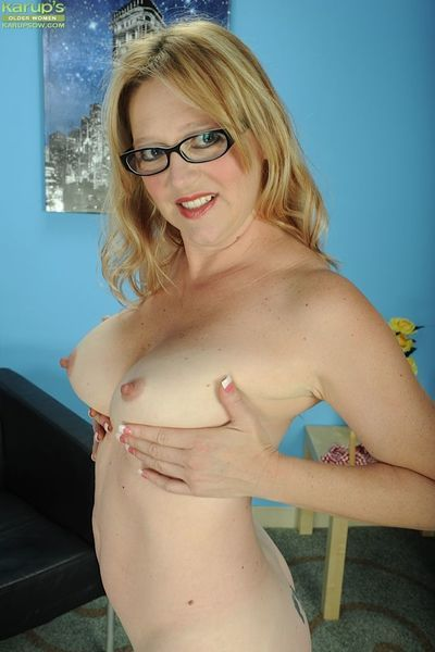 Mature blonde in glasses Sable Knight exposing perfect older woman tits - part 2