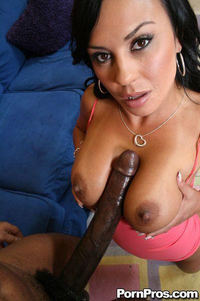 Latina MILF babe Mariah Milano has interracial sex with a huge dick