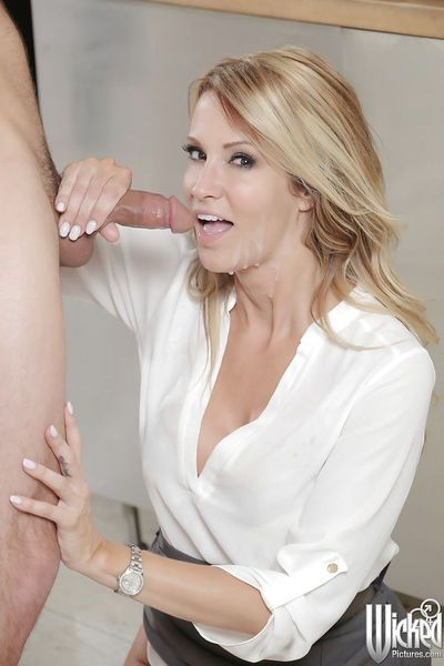 Sweet milf blonde Jessica Drake is giving a deep blowjob on cam - part 2