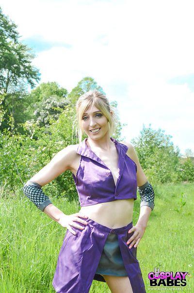 kinky Sarışın Bebeğim Jessica jensen oyun Etrafında içinde bir Ninja kıyafet