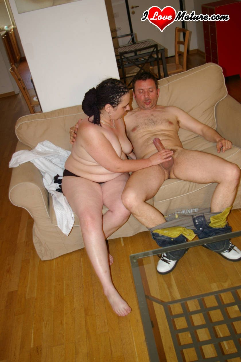 Chunky housewife getting the fuck of a lifetime