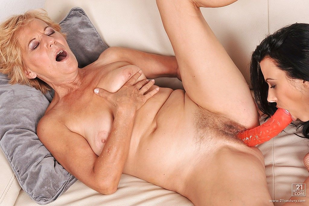Young lesbian Shalina Divine has sex with a very mature lady