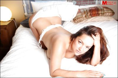 Milf Babe モニカ Mendez を示して 彼女の ぴ 大きな おっぱい - 足