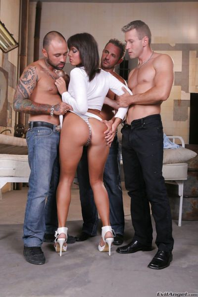 European slut enjoys double penetration gangbang and tastes all the hot cum