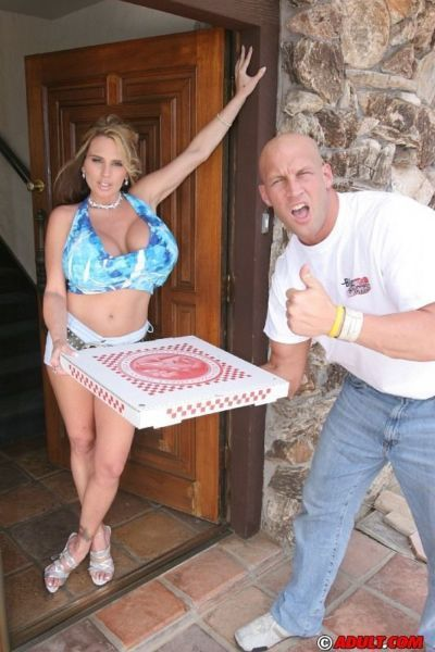 Top-heavy housewife fucks a hung pizza-guy for cum on her tongue
