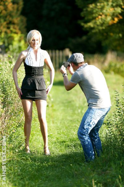 Lustful blonde in nylons enjoys fully clothed twatting outdoor