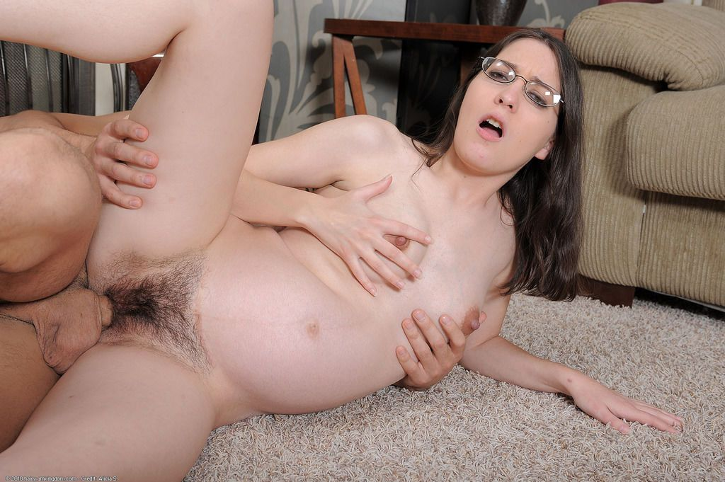 Amateur with glasses Larisa Fox gets massive dick to smash up her hairy cunt
