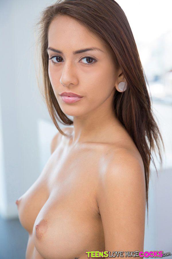 Petits seins maison lèvres pendantes rousse vidéos de sexe