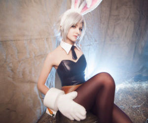 Battle Bunny Riven Cosplay