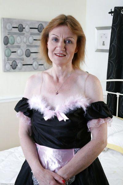Mature maid in the uniform Clare Cream wants to masturbate now