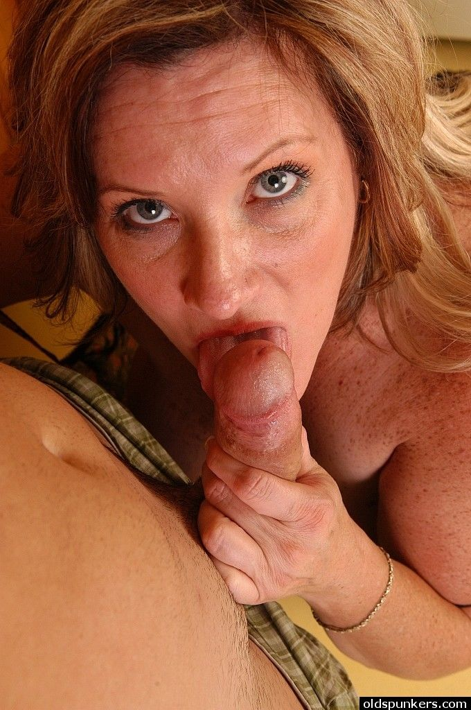 Freckled older fatty Deedra jerking and sucking cock before doggystyle sex