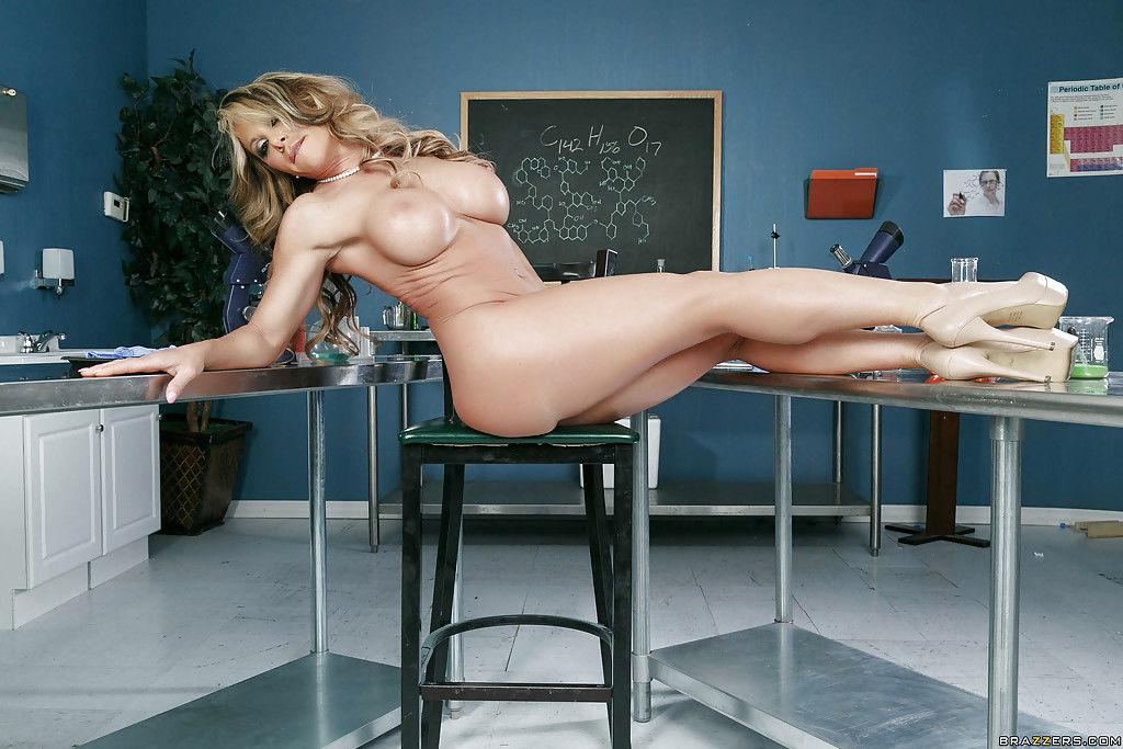 Blonde MILF Farrah Dahl exposing her mature ass in classroom - part 2