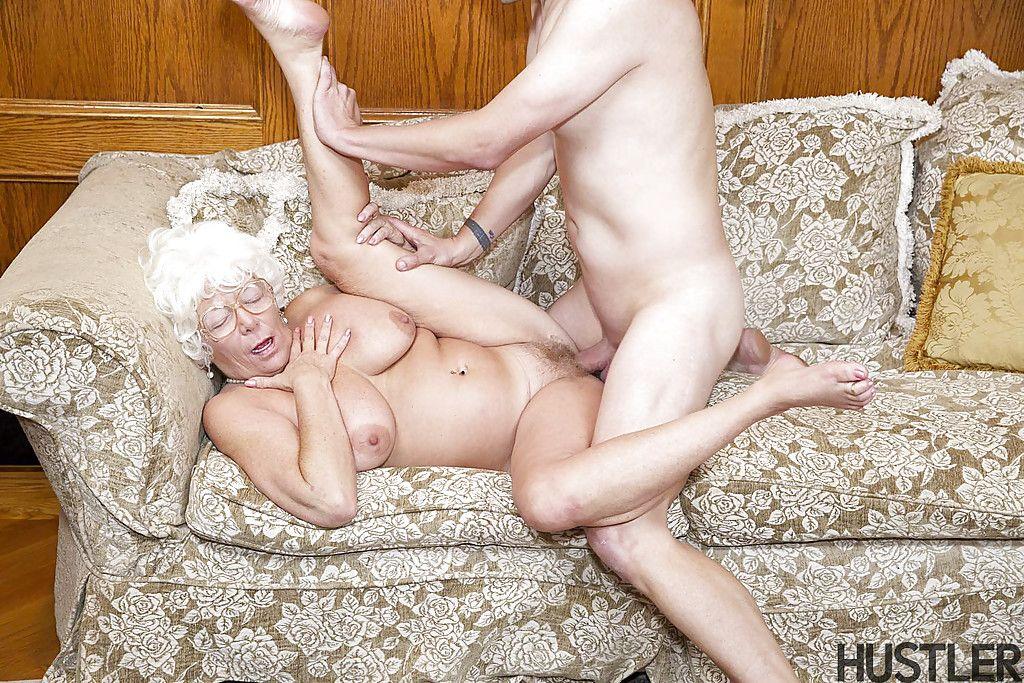 Трахнул Бабушку В Первые