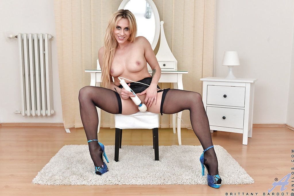 Older Euro dame Brittany Bardot stripping down to stockings for masturbation - part 2