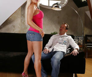 Gorgeous blonde Jenna Lovely has pussy covered in jizz..