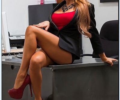 Gorgeous office babe Madison Ivy..