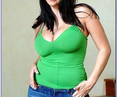 Sexy BBW wife Gianna Michaels..