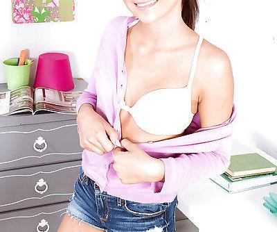 Latina babe Sadie flashing flat..
