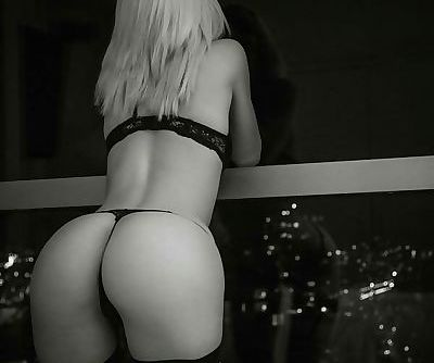 Balcony ass