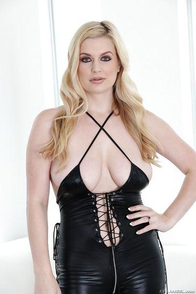 Latex loving blonde babe with big titties Danielle is so sexy