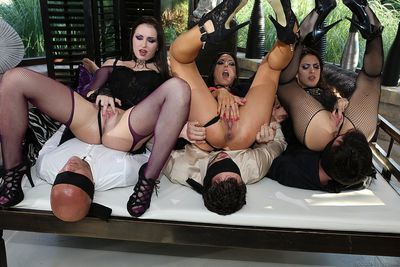 European swingers blindfold the men before wall to wall group sex