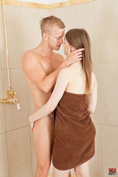 Naked teen Beata B tongues huge cock & gets fucked in the bath