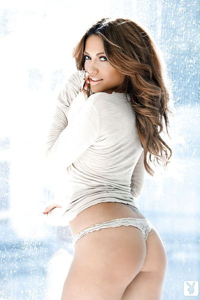 Amazingly pretty babe Jessica Burciaga uncovering her seductive curves