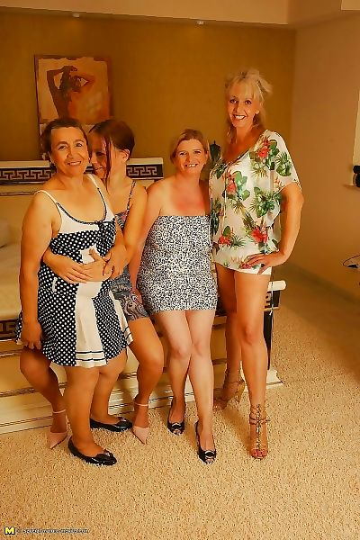 Four old and young lesbians getting wild - part 4531
