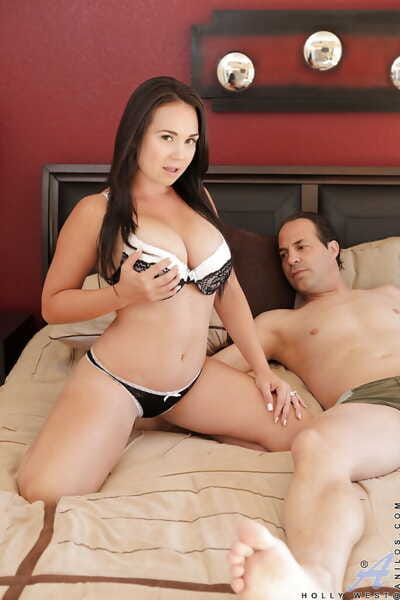 Bosomy brunette with shaved gash gives a nooky and gets shafted tough