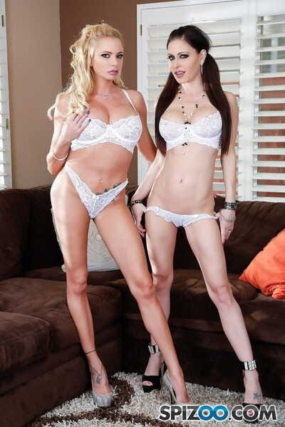 Lesbian pornstars Briana Banks and Jessica Jaymes remove lingerie before sex