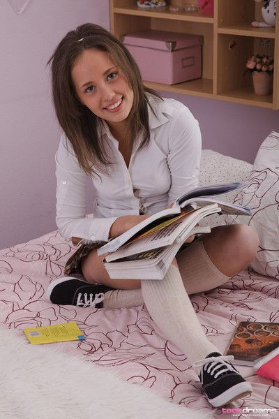 Teen schoolgirl laura sucks and fucks lucky boyfriend