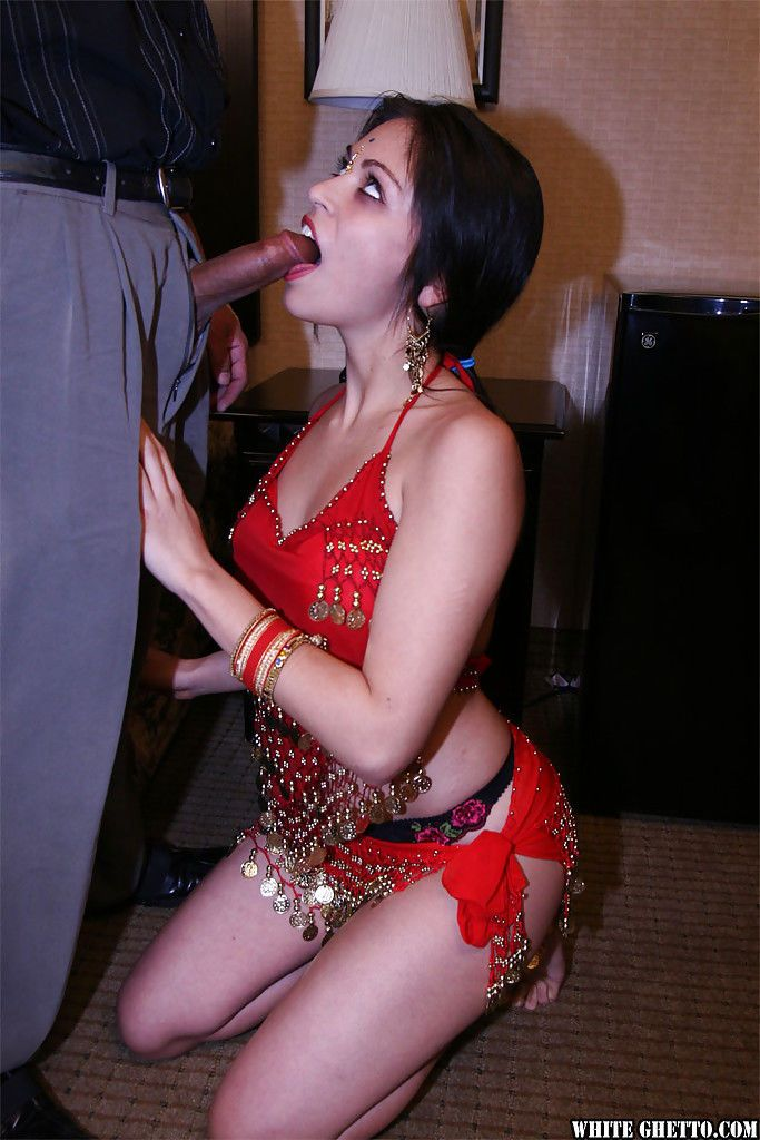 Slutty indian gal gives a blowjob and gets her hairy cunt slammed hardcore