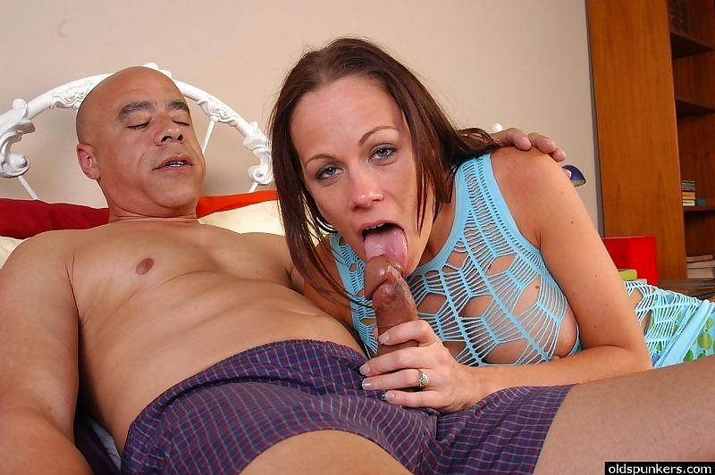 Busty milf asshole licked - part 2471