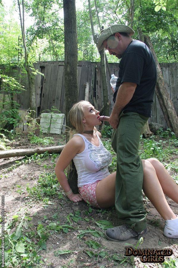 юного артиста смотреть порно вывезли в лес и принудили к минету вновь