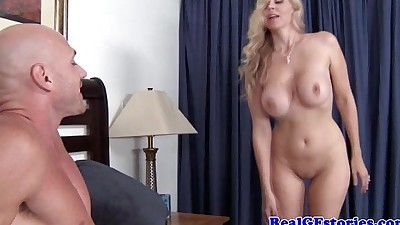 Blonde cougar has her pussy eaten..
