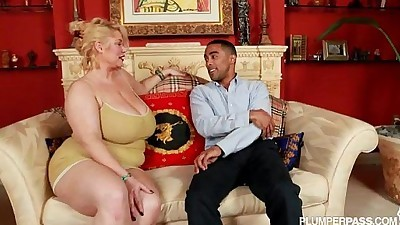 BBW Superstar Samantha 38G Fucks..