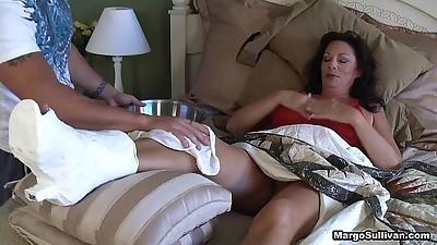 Margo SullivanMom breaks her foot