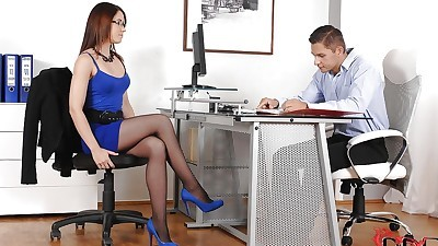 Terrific office girl in pantyhose..