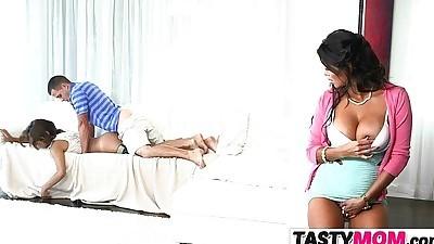 Bianka gives teaching sex lesson..
