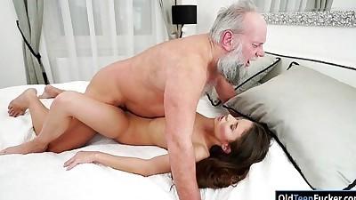 Hungarian Anita Bellini sucks..