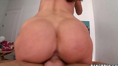 Angelica Sage is Has a Great Ass..