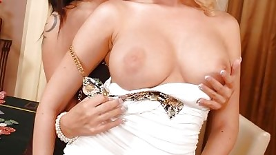 Busty Euro dykes Dona Bell and..