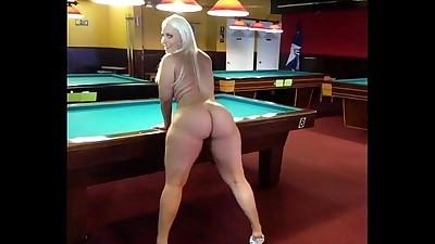billiard-room-booty