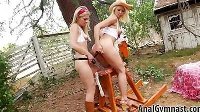 Blondes Anikka Albrite, Zoey..