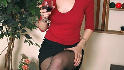 Lingerie model Alice reveals her..