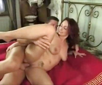 Beautiful Mom Anal