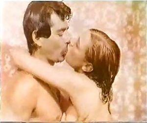 Vintage kissing